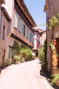 Puycelci, a typical street