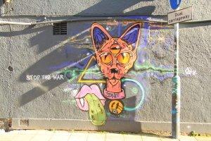 Bristol street art on war